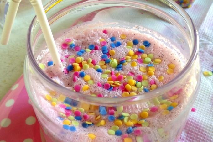 Vanilla Funfetti Milkshake