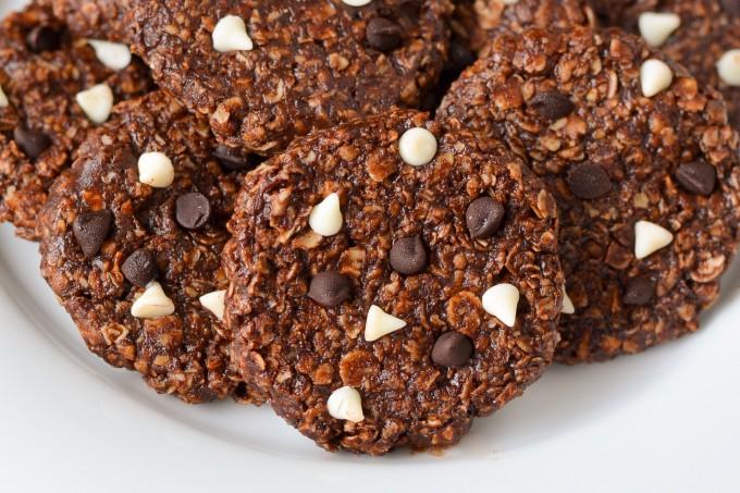 Oatmeal Chocolate Cookies (eggless, sugar free and gluten free)