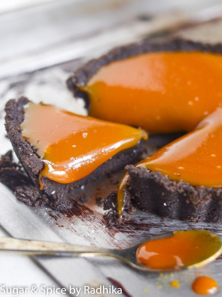 Salted Caramel Chocolate Oreo Tart