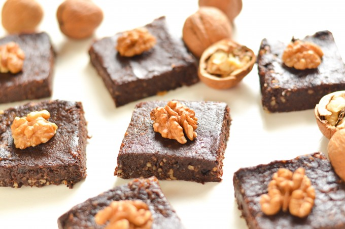 No-Bake Vegan Flourless Brownies