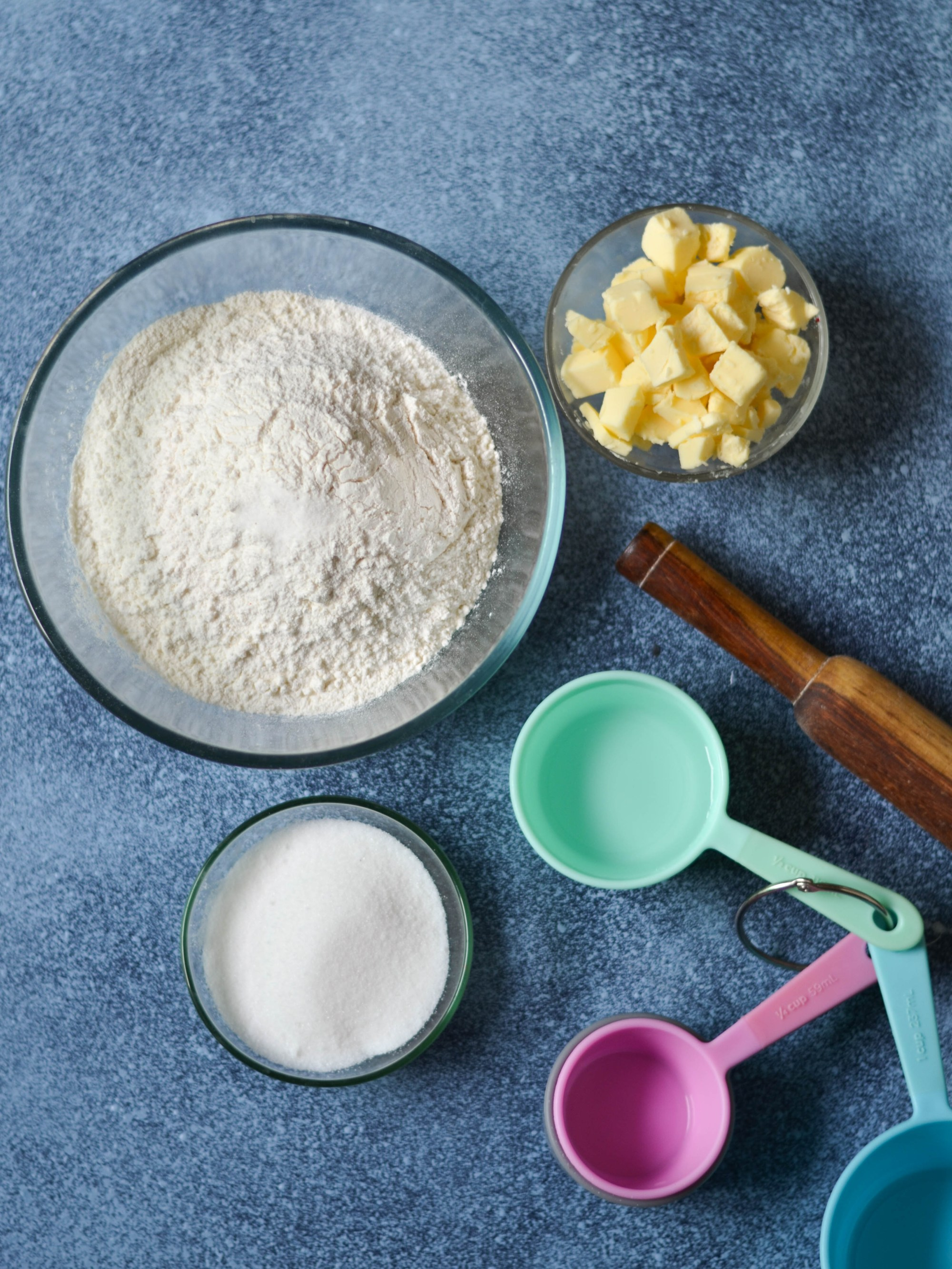 Best Ever Pie Crust - Learn a simple way to bake a crunchy and delicious pie crust so that your dessert is nothing less that perfection.