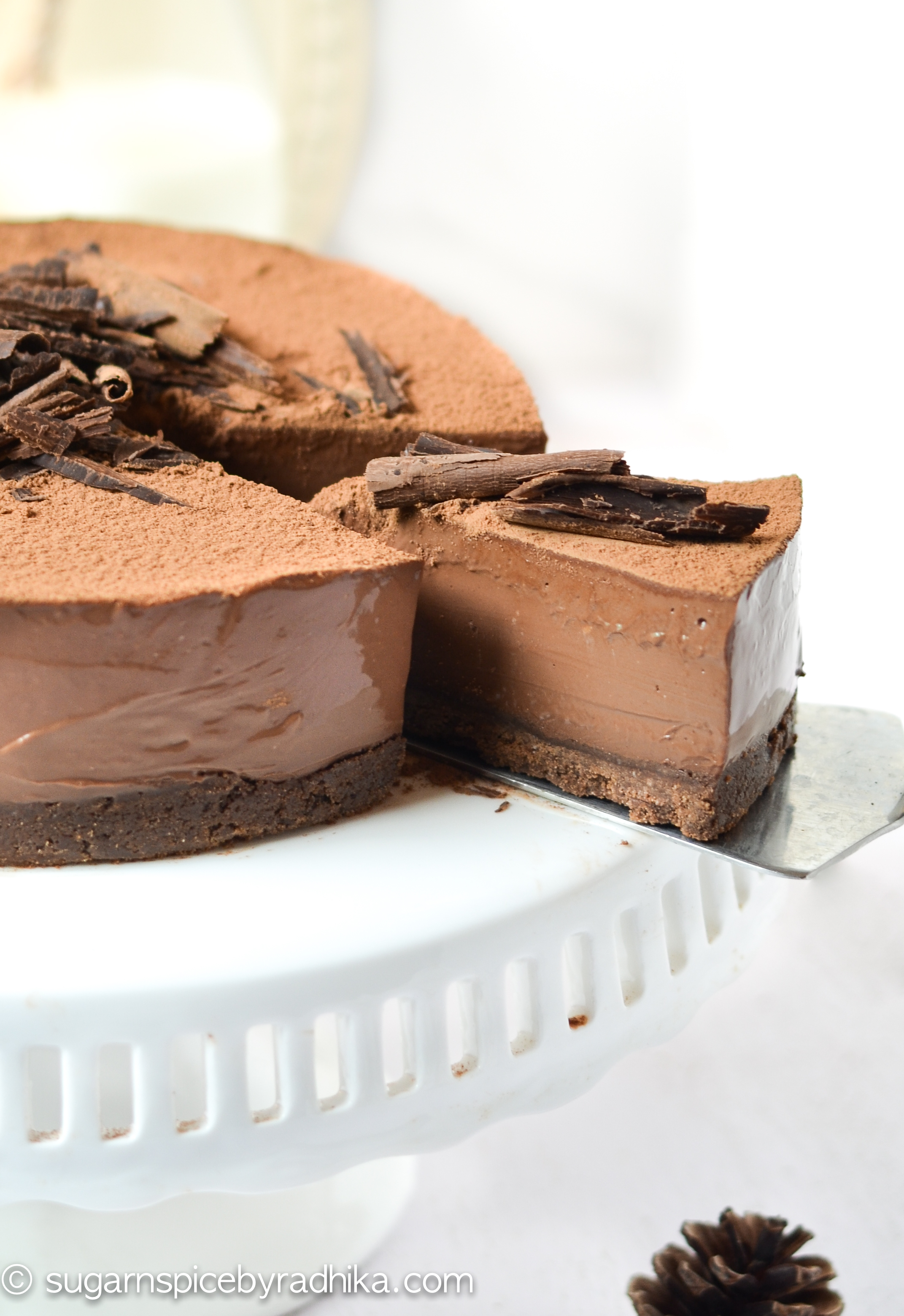 No Bake Chocolate Truffle Cake