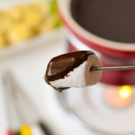 Fondue with 6 dipping ideas